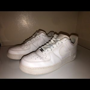 Air Force 1's Low White Size 12